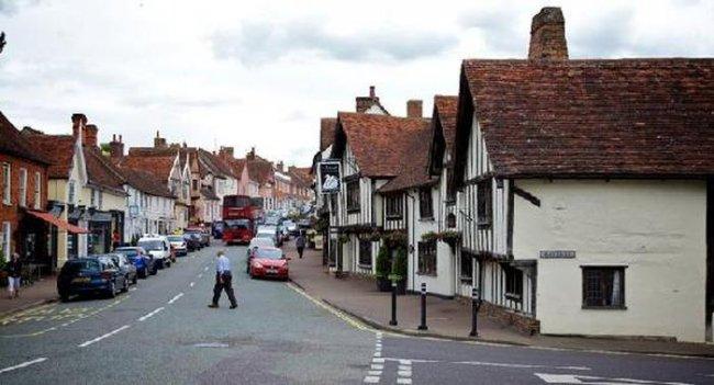 Кривая деревня в Англии, изображение №8