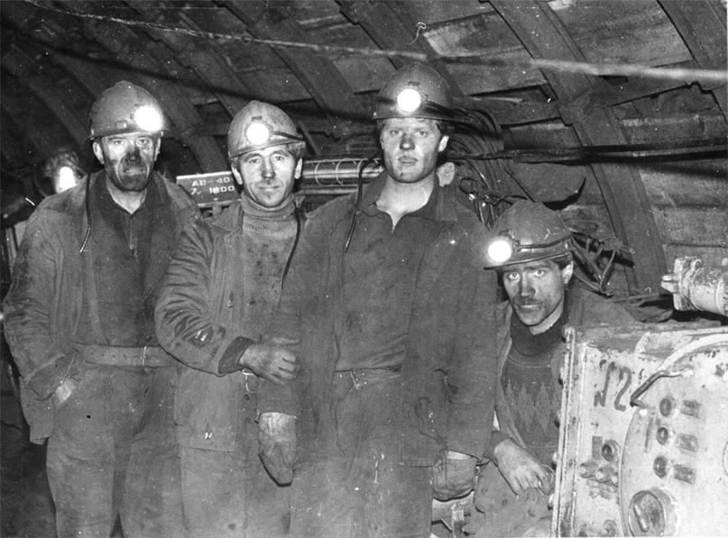 Бригада подземных электрослесарей