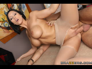 Full Page Spread Eagle: Dylan Ryder, Keiran Lee (BRAZZERS PORN VIDEO 18+)
