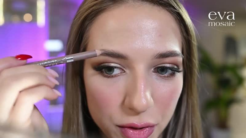 В деле наш бестселлер карандаш для бровей Ideal Eyebrows