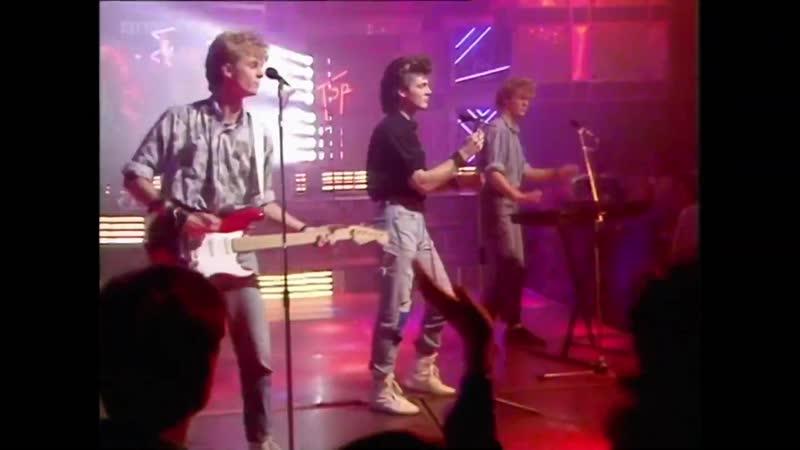 A-ha - Take On Me 1985 live