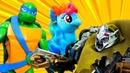 Робот Мегатрон заколдовал игрушки! Литл Пони и Куклы во льду! Черепашки Ниндзя атакуют десептикона!